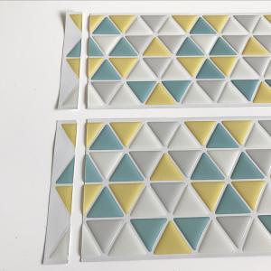 三角タイルシールの貼り方