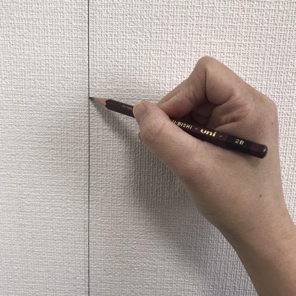 貼ってはがせる壁紙シートPETAPA基準線チェック
