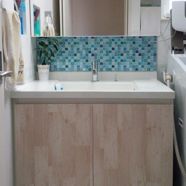 タイルシール 防水 アレンジ例 洗面スペース 水回り